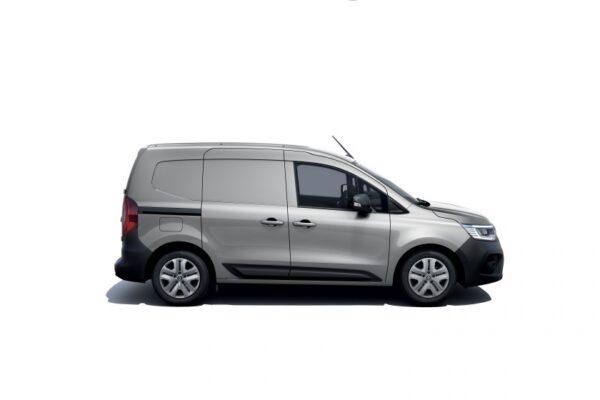 new renault kangoo van in studio 1 e1616608205747
