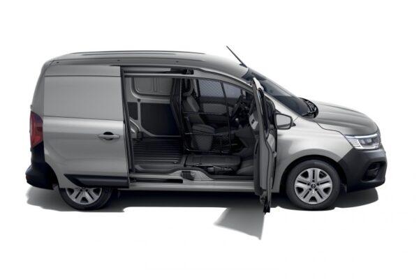 new renault kangoo van in studio e1616608235617