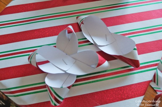 Gift Wrapping Bow 3
