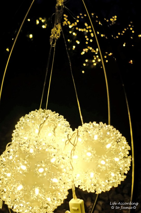 Outdoor Light Up Ornaments 1
