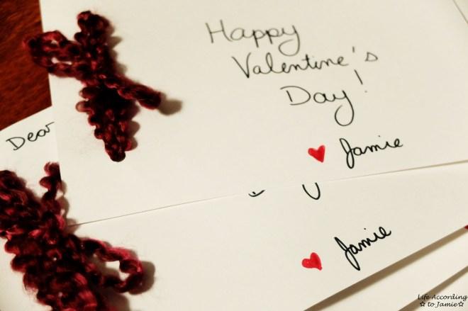 DIY Yarn Valentine's Day Card 5