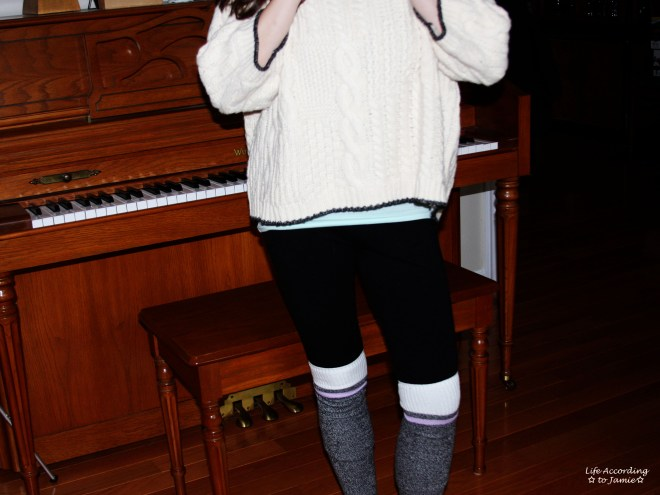 Oversized Cropped Knit Sweater 3