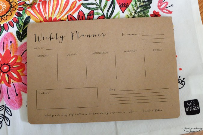 Wrinkle and Crease - Weekly Planner Notepad