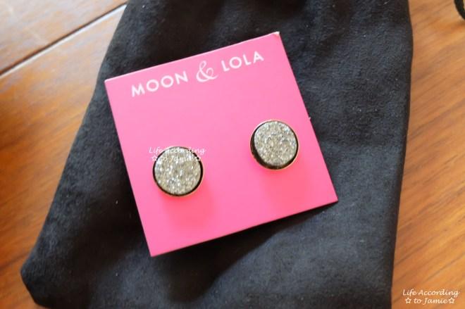 Moon & Lola Chrysler Round Studs