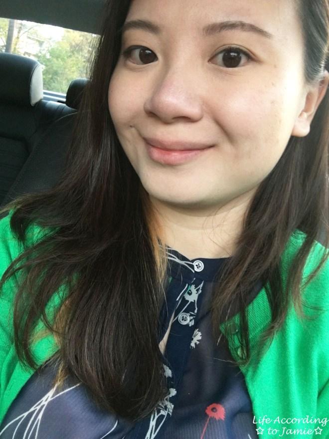 covergirl-olay-eye-de-puffer-selfie-1