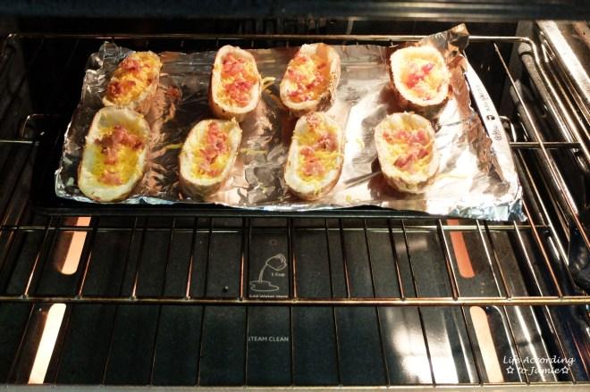 potato-skins-in-oven
