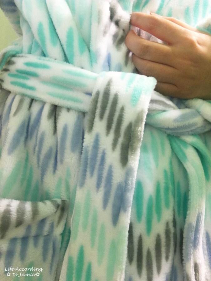 sonoma-goods-for-life-plush-robe