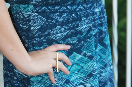 wavy-blue-crossback-fit-flare-bar-ring