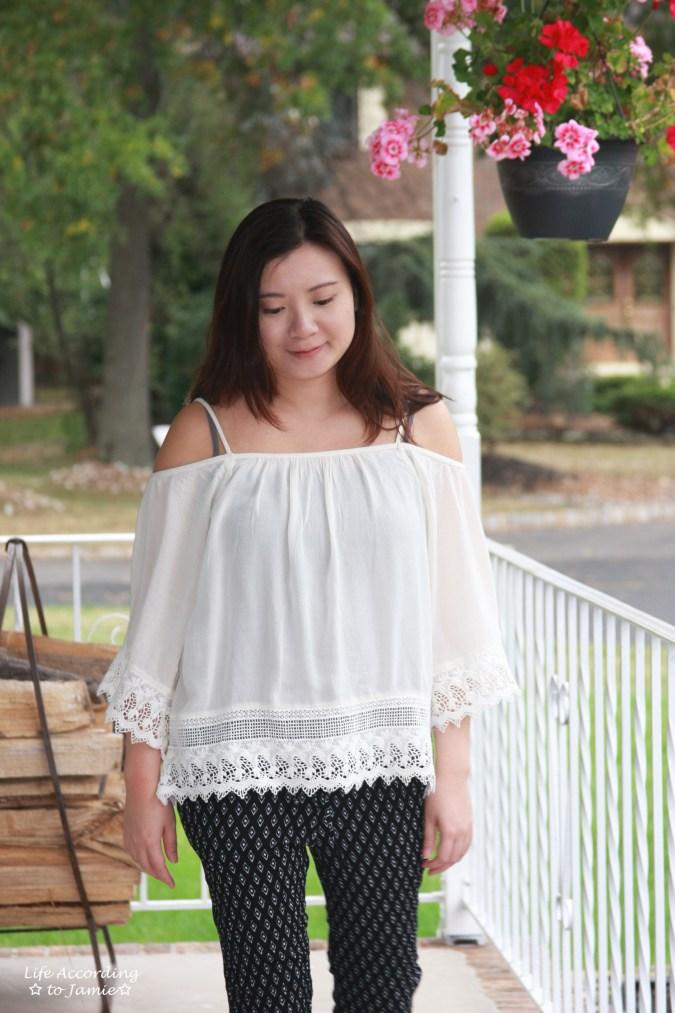 lace-off-the-shoulder-diamond-print-pants-4