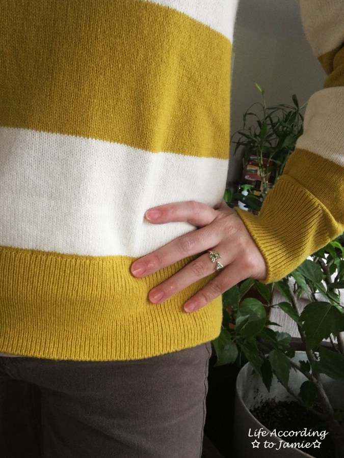 chartreuse-striped-sweater-gold-arrow-ring-1