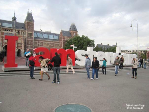 amsterdam-sign
