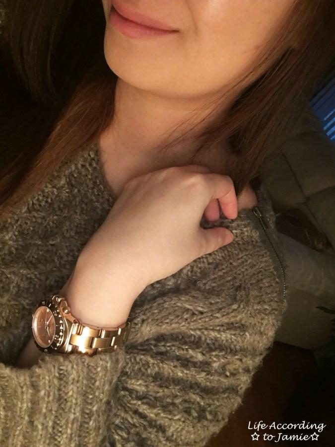 taupe-dolman-sleeve-sweater-zipper-shoulder
