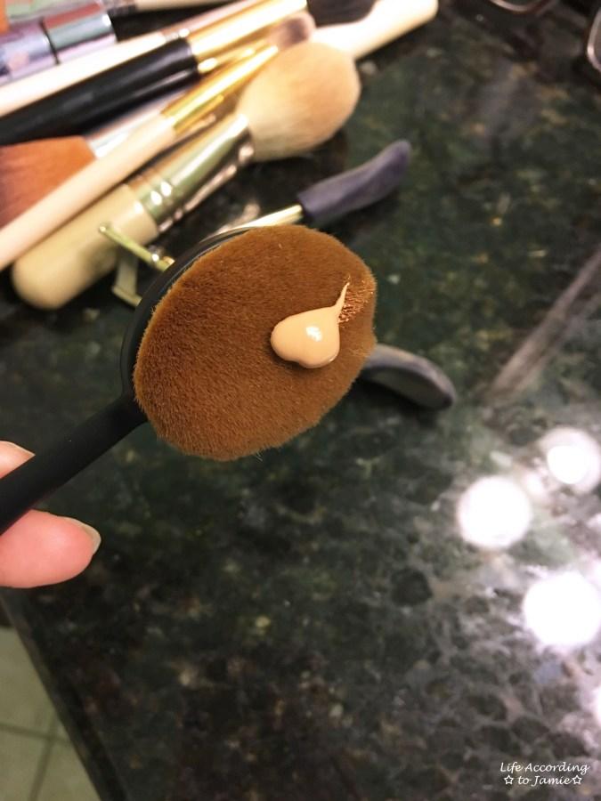 Mikasa Oval Brush 1