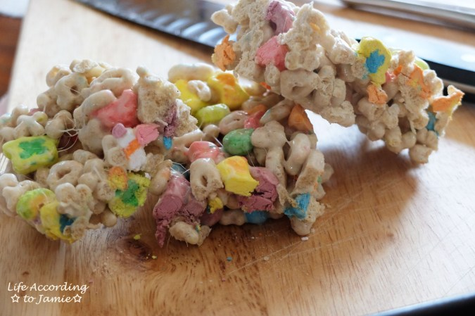 Lucky Charms Crispy Treats 2