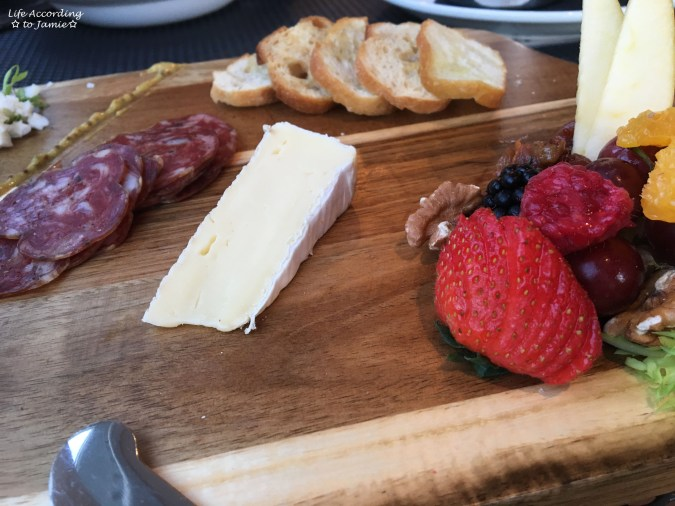Project Pub - Assistant Brewer's Charcuterie Board 1