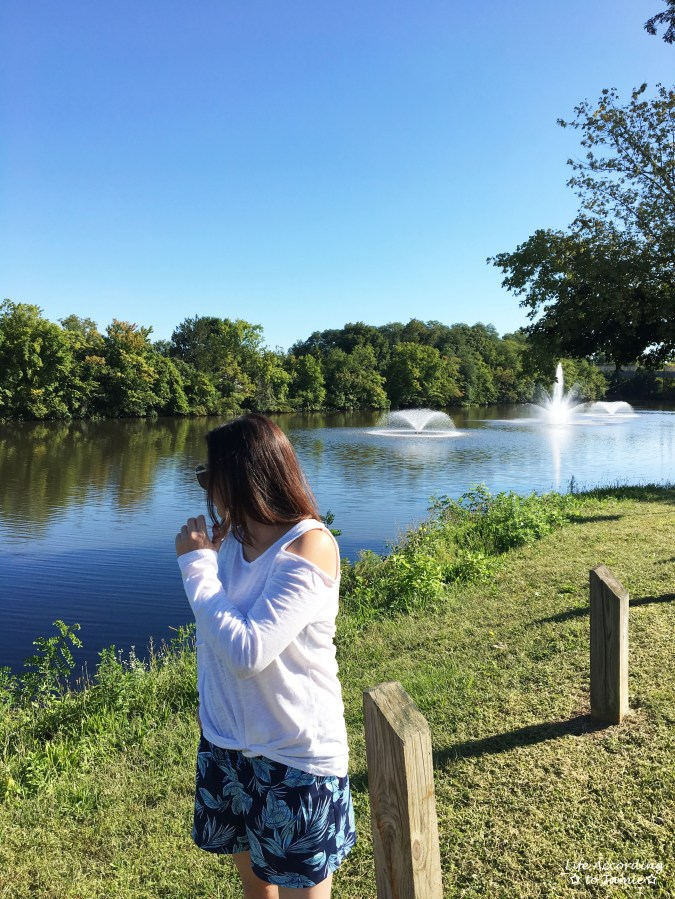 White Cold Shoulder Top + Palm Print Shorts 4