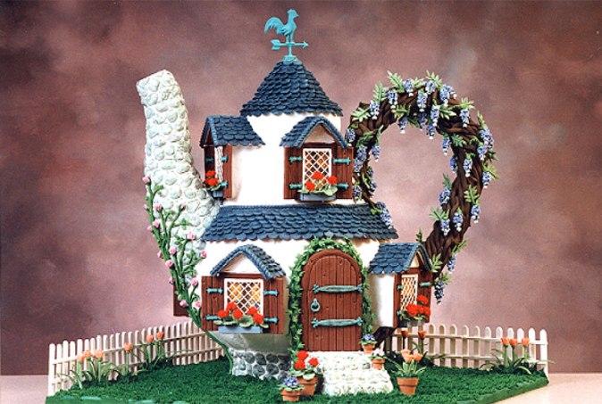Teapot - Gingerbread House