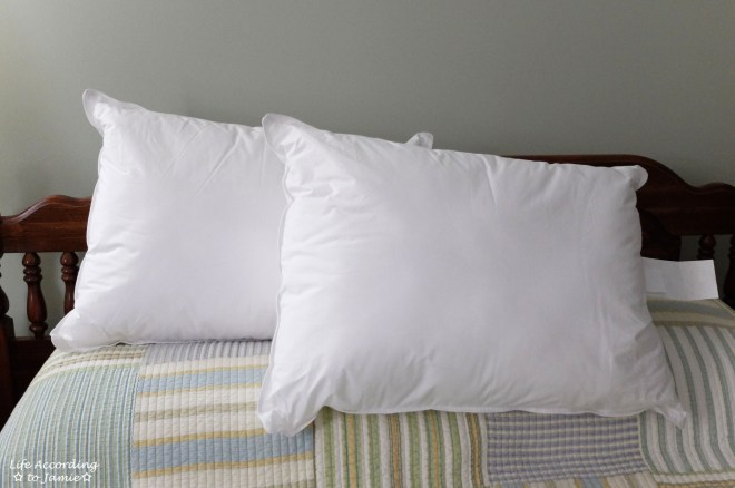 Tommy Bahama Down Alternative Pillows 3