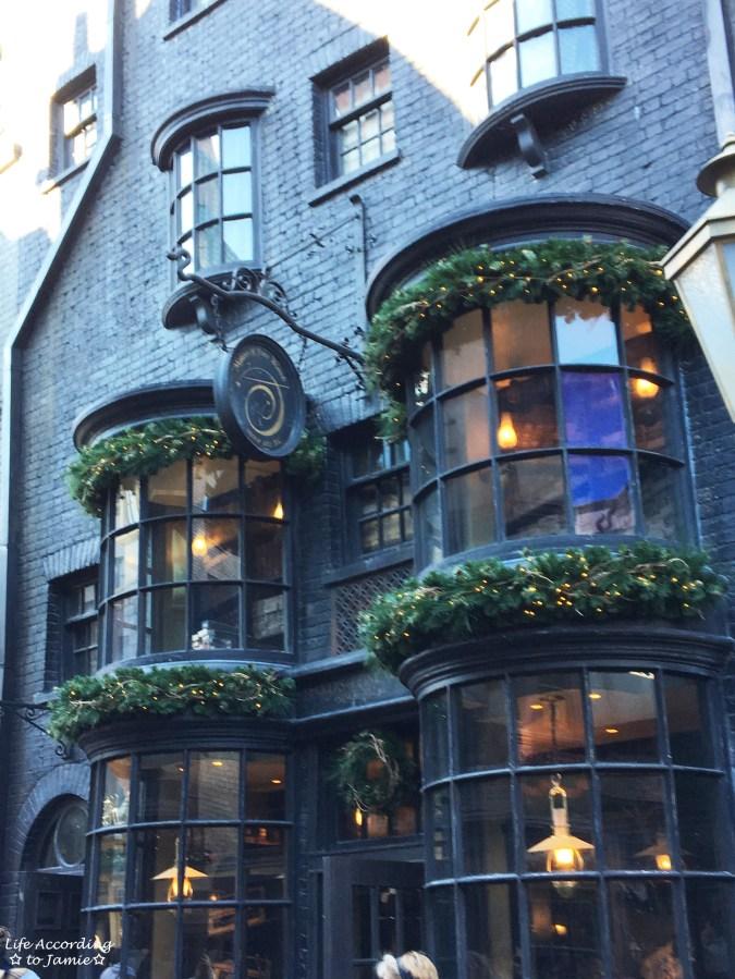 Universal Studios Orlando - Wizarding World of Harry Potter - Diagon Alley 9