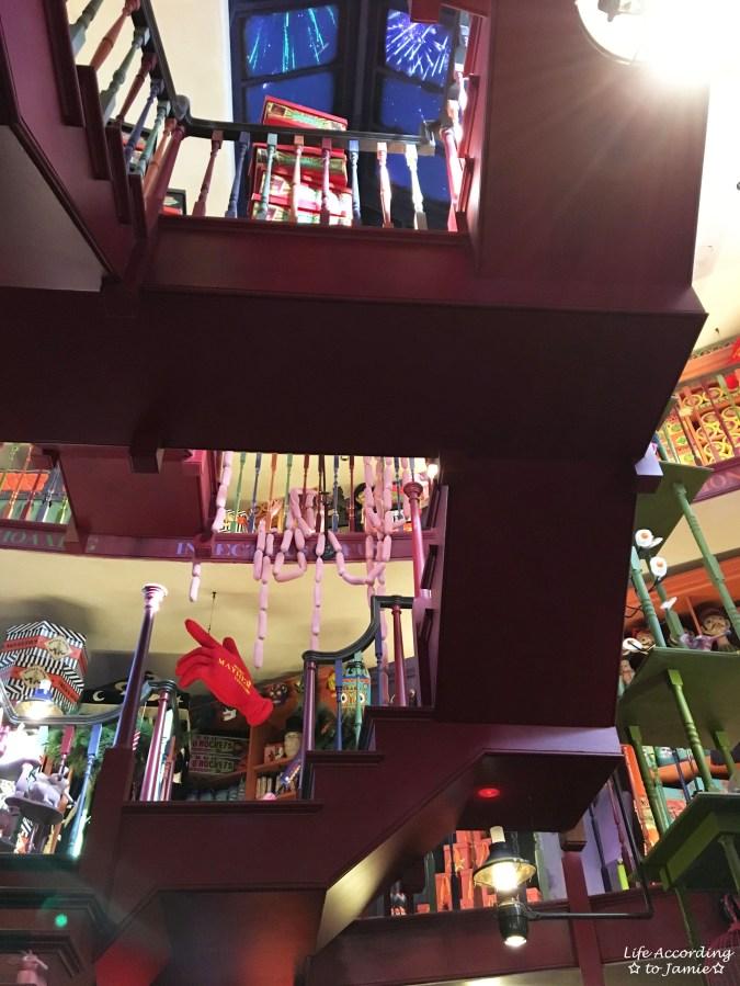Universal Studios Orlando - Wizarding World of Harry Potter - Weasley's Wizard Wheezes