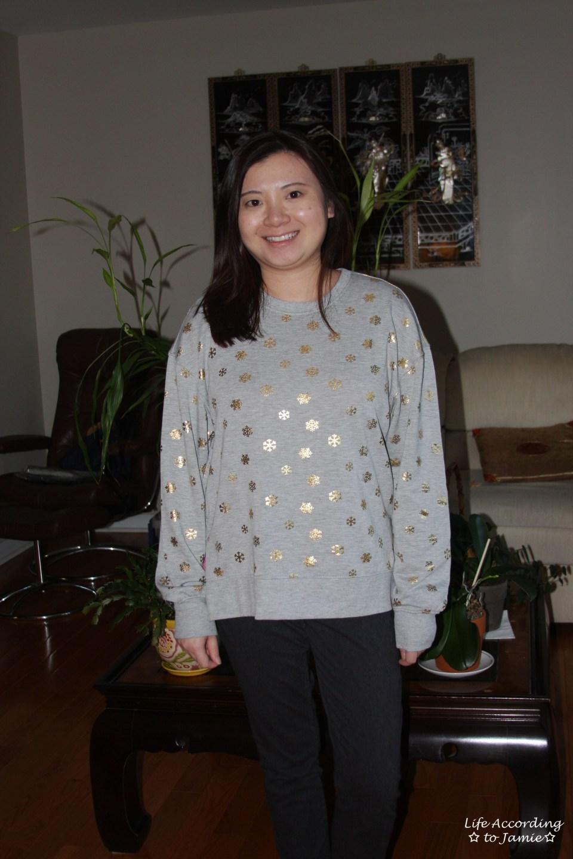Gold Snowflake Sweatshirt 4