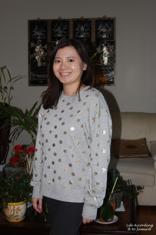 Gold Snowflake Sweatshirt 8