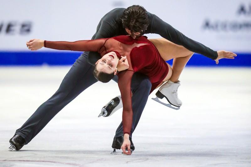 FILE PHOTO: Figure Skating: Skate Canada International