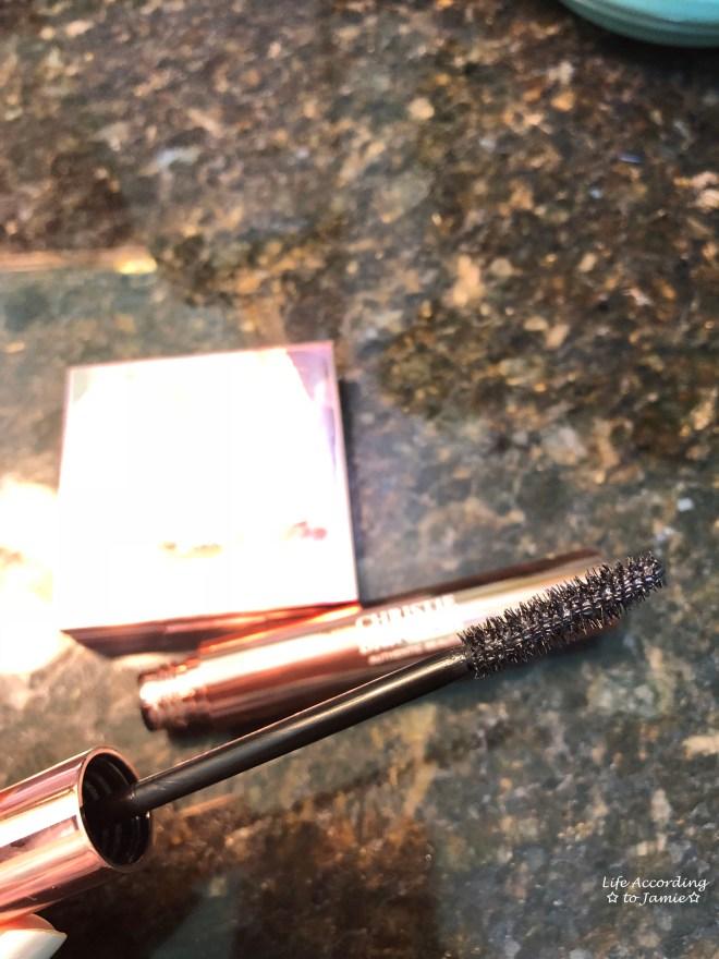 Christie Brinkley - Authentic Beauty Mascara 2