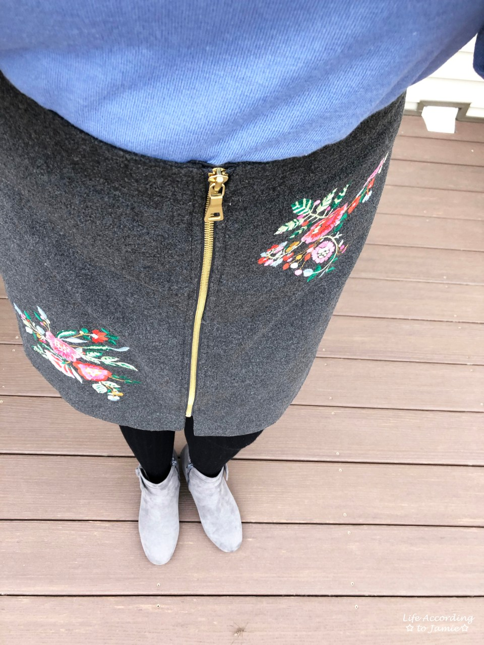 Floral Embroidered Zip Skirt 3