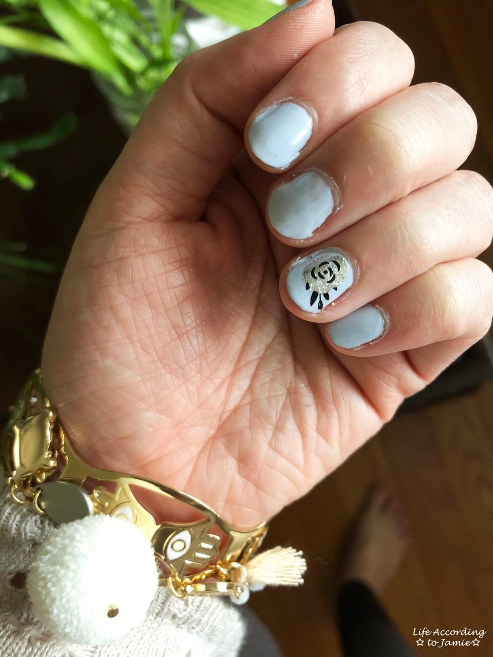 Nails - Silver Rose 3
