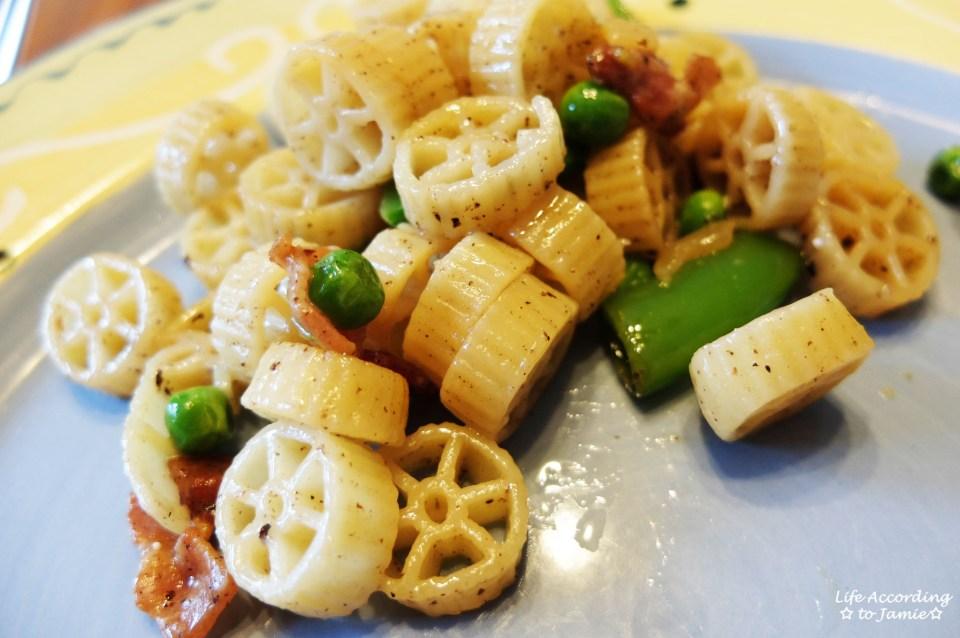 Wagon Wheel Pasta + Peas & Bacon 2