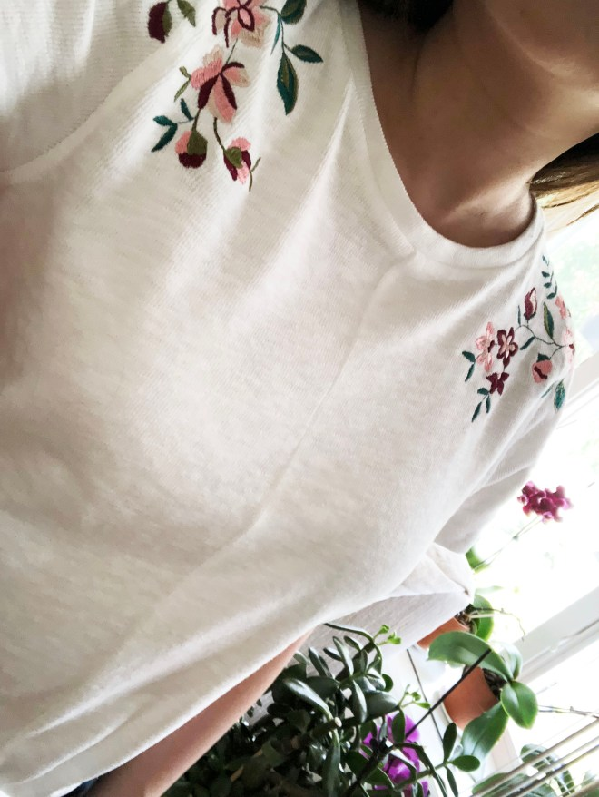 Embroidered Tie Front Tee 7