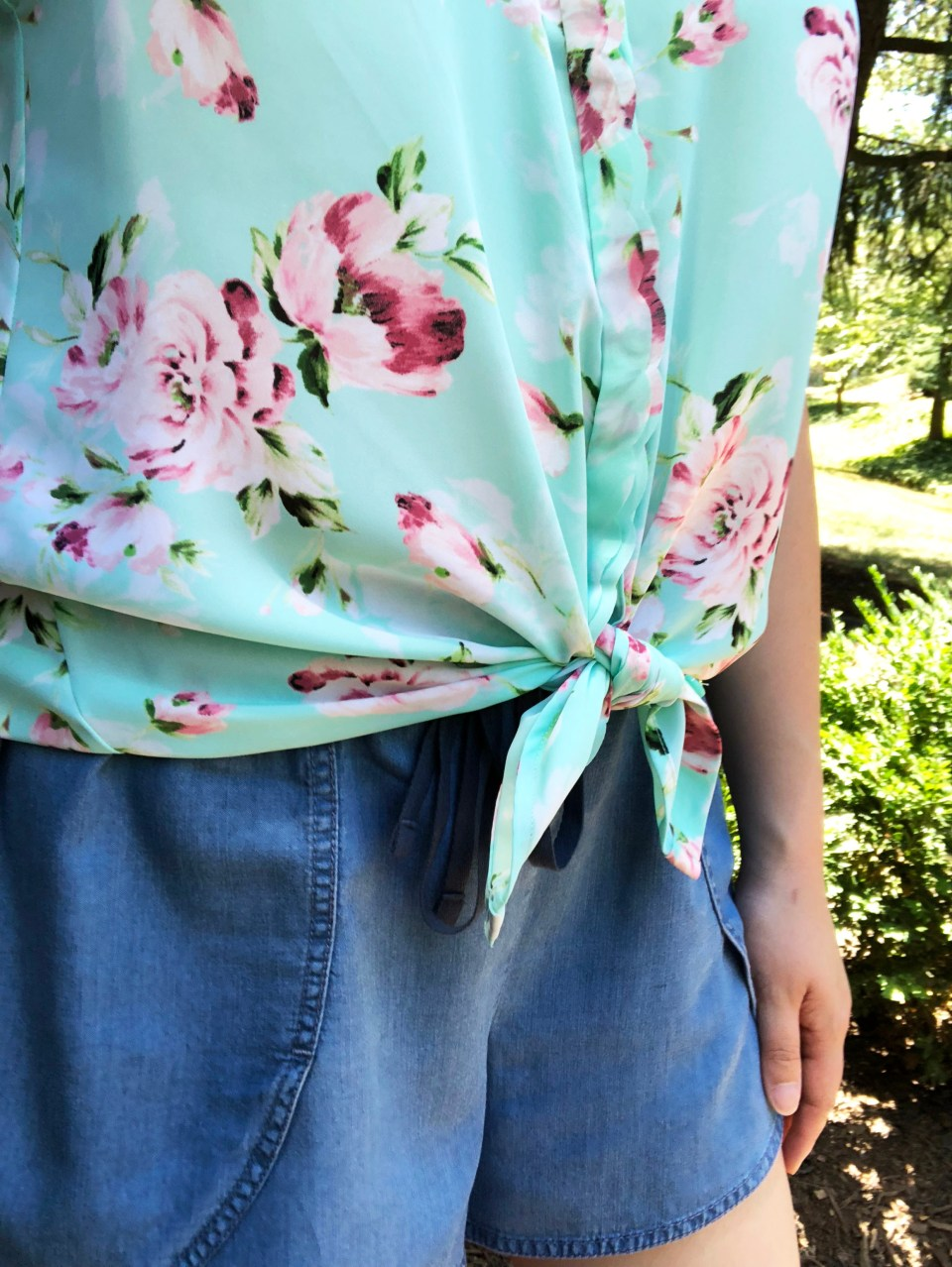 Floral Scalloped Trimmed Blouse + Tulip Shorts 11