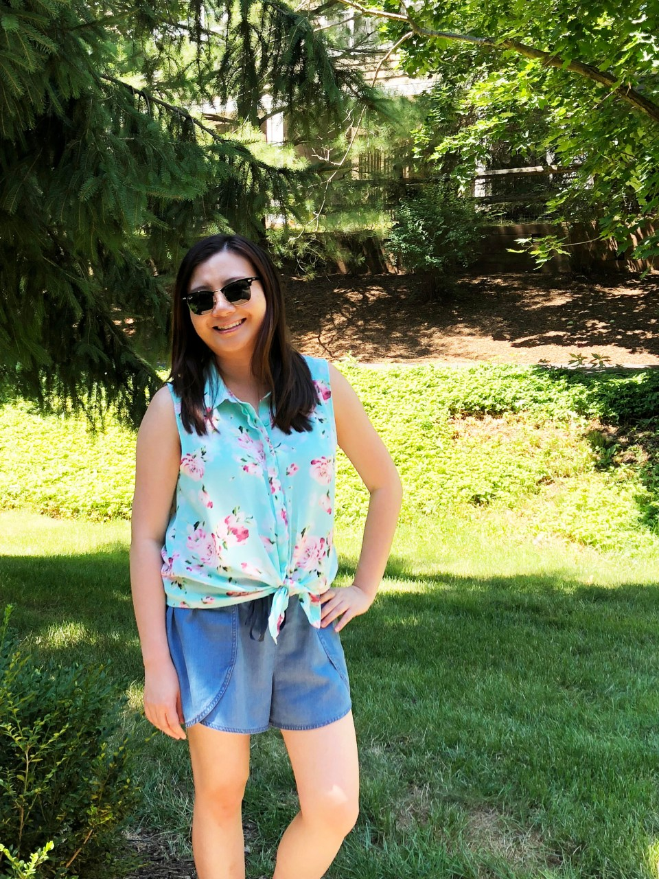 Floral Scalloped Trimmed Blouse + Tulip Shorts 3