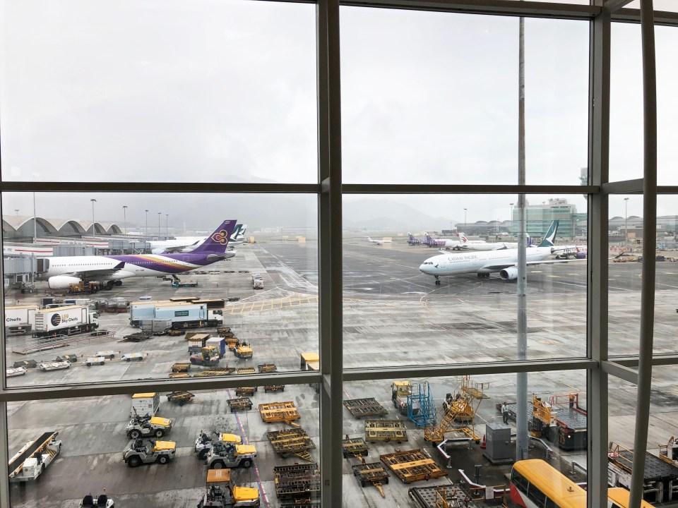 Hong Kong Airport - United Lounge