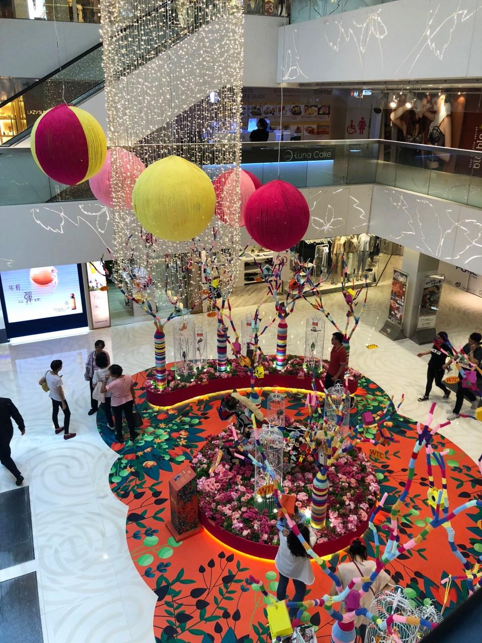 Hong Kong mall - stuffed animal horse display 1