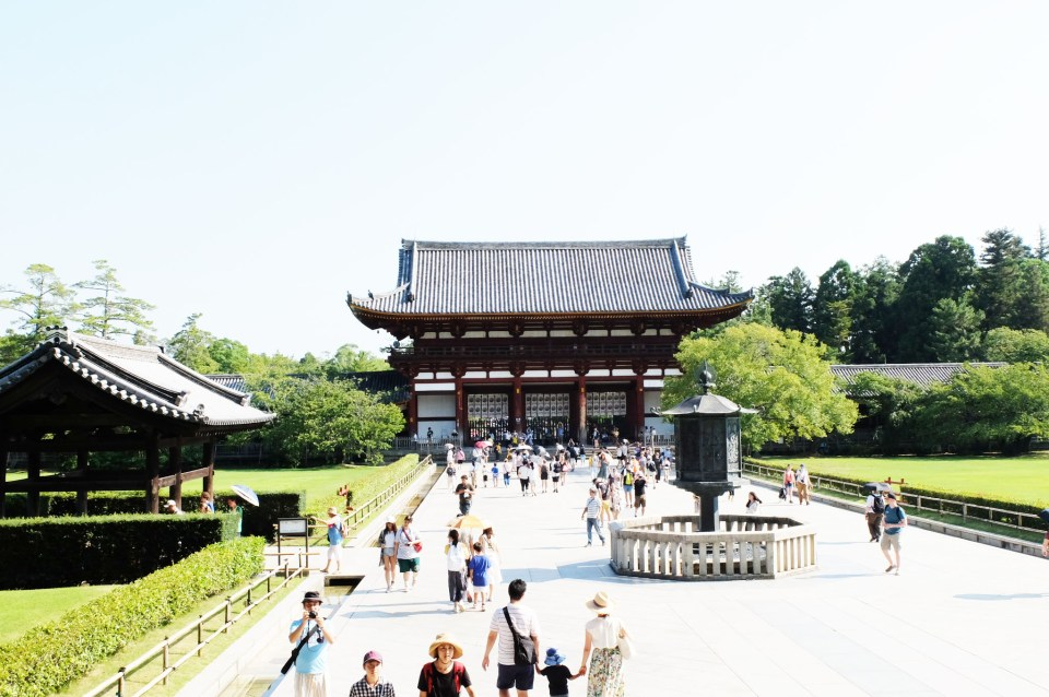 Todai-ji Temple 12
