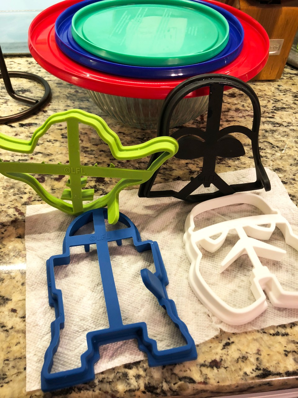 Star Wars pancakes molds