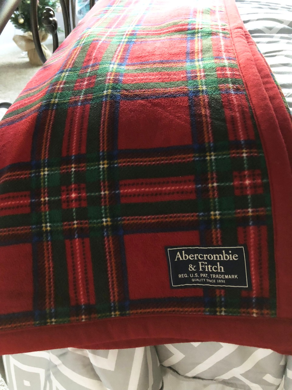 Plaid Sherpa Blanket 1