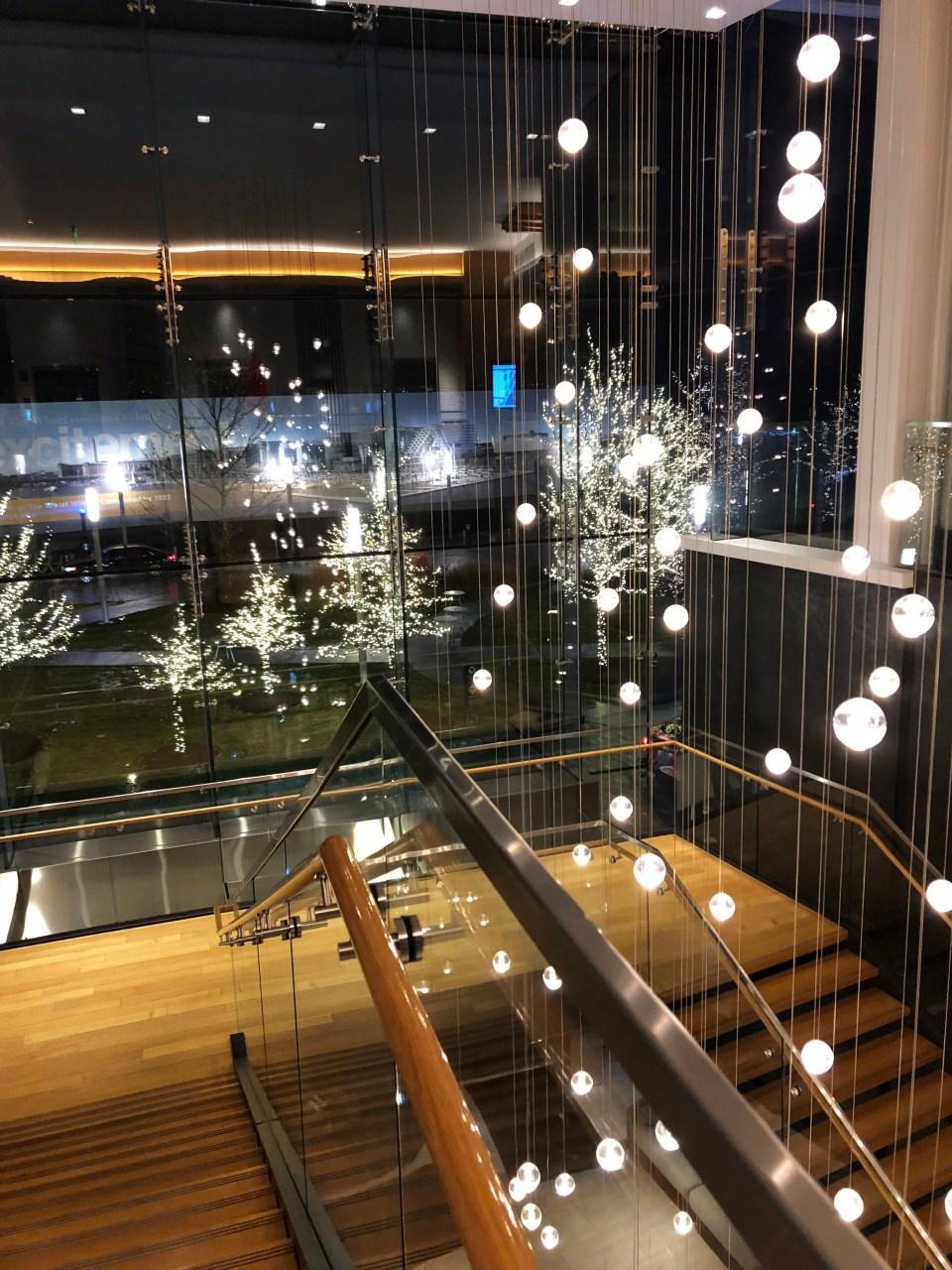Canopy by Hilton The Wharf - Lobby at night