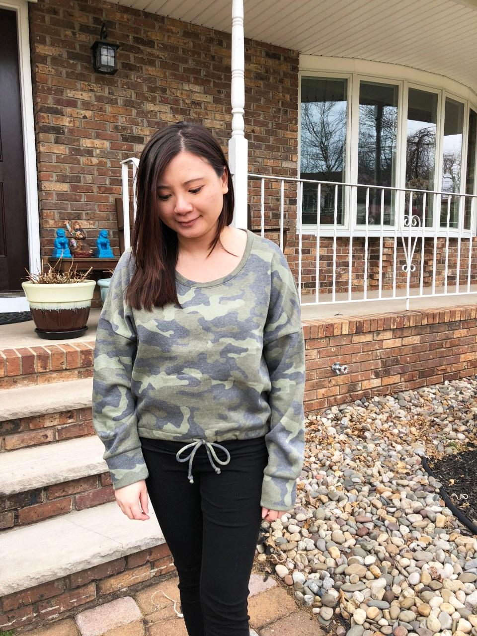 Camo Drawstring Sweatshirt 13