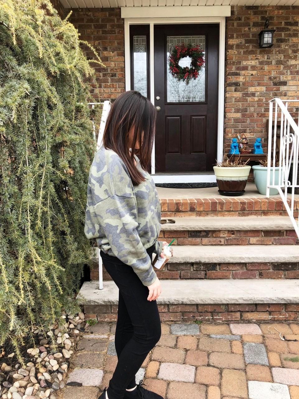 Camo Drawstring Sweatshirt 5