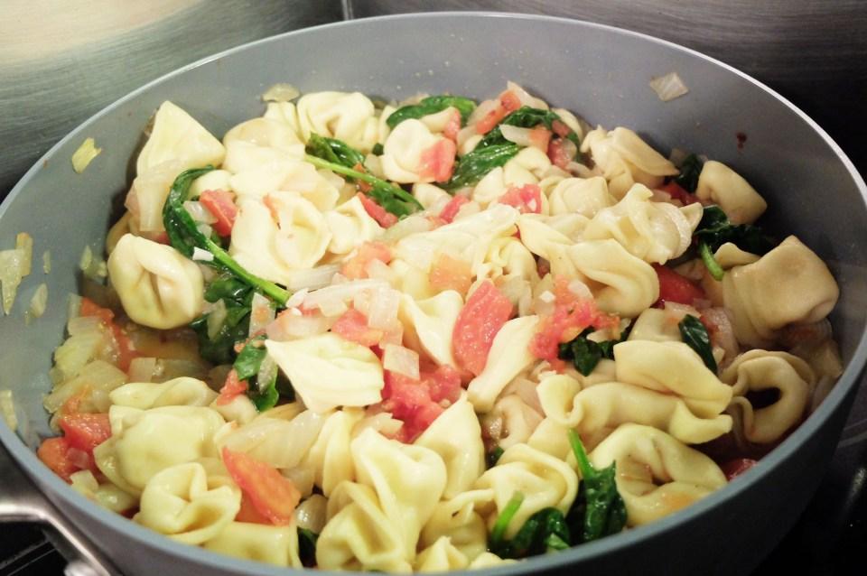 Tortellini w Spinach & Tomato 14