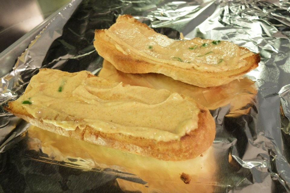 Spicy Cheesy Bread 4