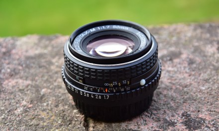 How to set the hyperfocal distance with a manual lens
