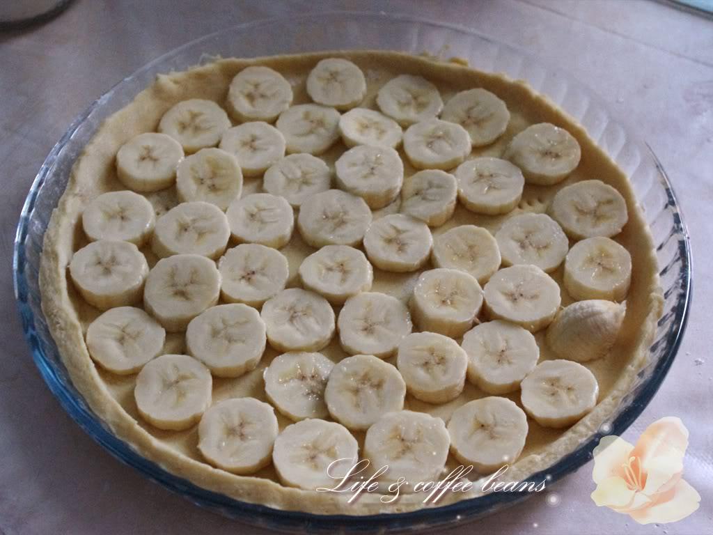 Placinta cu rubarba si banane