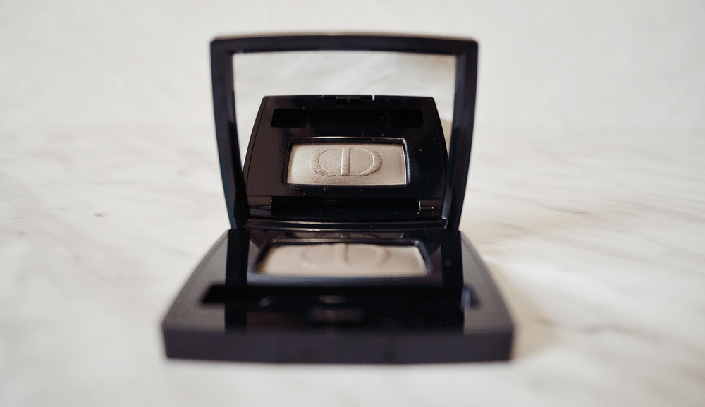 The Dior Diorshow Mono Eyeshadow is a range of eyeshadow that was created to complement the sophisticated look of Dior's runway design.