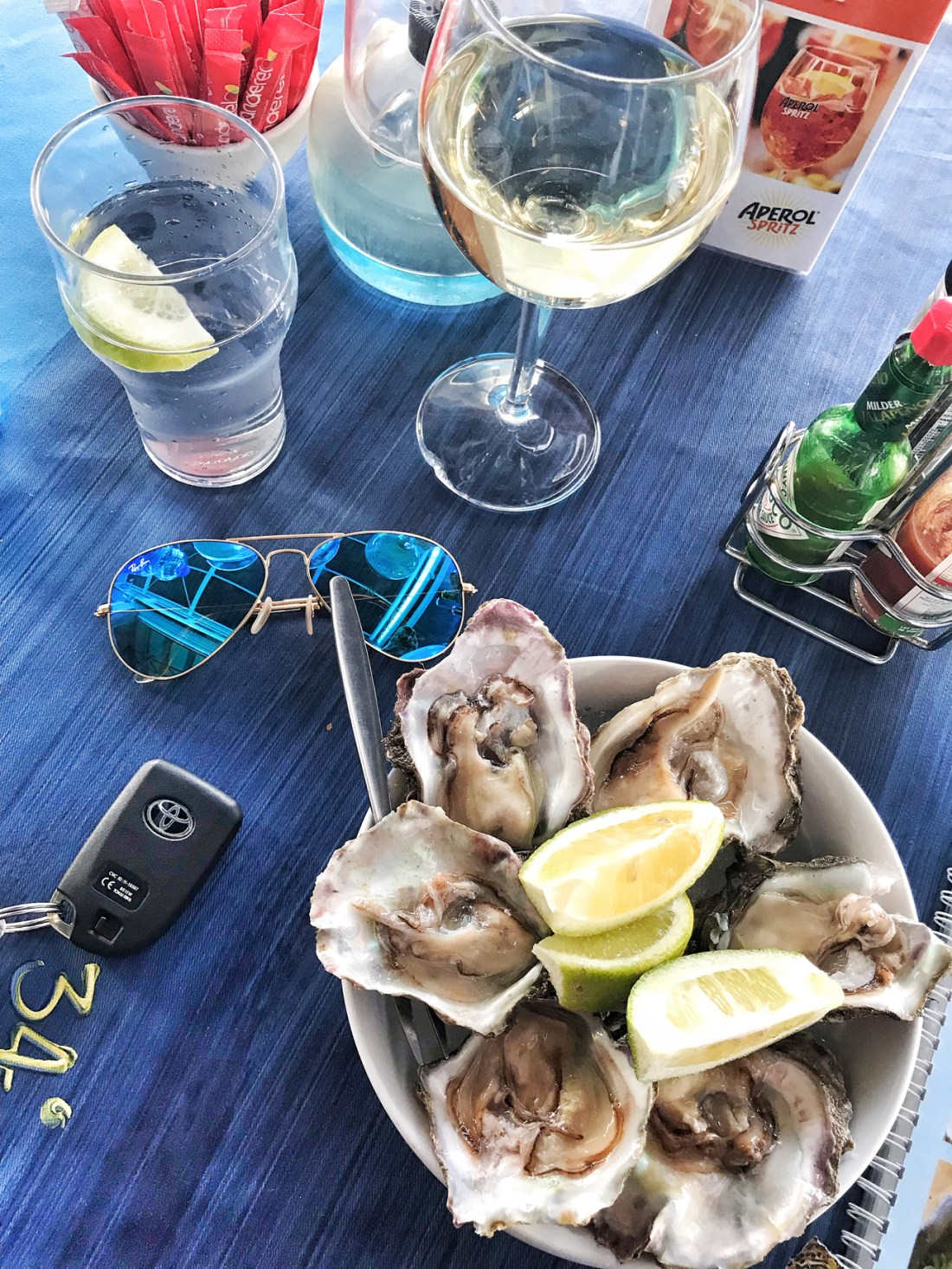 Enjoying the famous Knysna oysters during my Garden Route roadtrip in South Africa!