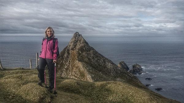 nikki-bradley-cliff-top-crutches