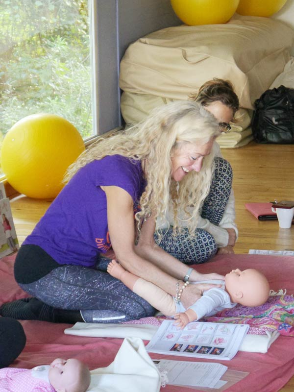 Birthlight On Tour was created by well known UK based Yoga providers Birthlight to offer a unique Motherhood Yoga training